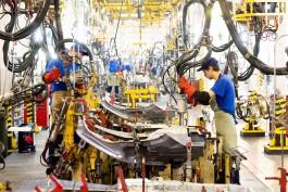 Завод «Автотор» создаёт 500 новых рабочих мест и повышает зарплату