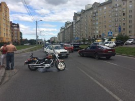 В ДТП на улице Гайдара в Калининграде пострадал 44-летний мотоциклист