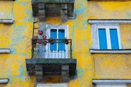 В Балтийске двухлетний ребёнок запер маму на балконе