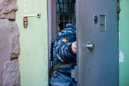 Суд арестовал экс-полицейского, задержанного по делу о гибели мужчины от ожогов