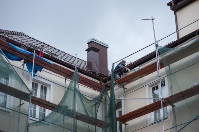 ВКалининграде умер рабочий после падения с80-метровой высоты