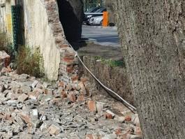 В Калининграде закрыли детский сад, на территорию которого рухнул забор «Балтики»