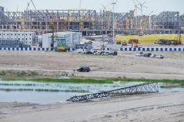 На Октябрьском острове в Калининграде демонтировали высоковольтные опоры