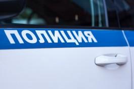 Жительнице Озёрска грозит до трёх месяцев ареста за матерную надпись на стене дома