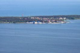 Калининградские пограничники задержали в Куршском заливе катер с мэром Клайпедского района