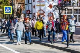 «Заполненные улицы и пеньки на пляже»: как Светлогорск встречает туристов на майских праздниках