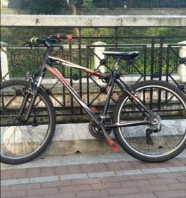 В Калининграде мужчина обманул школьника и отобрал у него велосипед