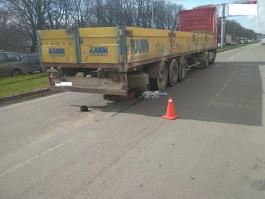 В ДТП с фурой на проспекте Калинина погиб 84-летний пешеход