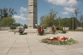 «75 лет назад»: в Калининграде возложили цветы в память о начале Великой Отечественной войны