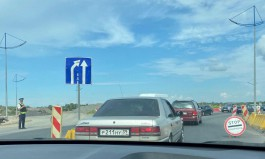 На въезде в Калининград из Гурьевска образовалась пробка из-за стоп-контроля ГИБДД
