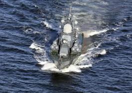 Корабли Балтийского флота провели учебные стрельбы в море