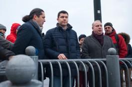 «Молиться о хорошей погоде»: как Алиханов ругался со строителями нового променада в Светлогорске