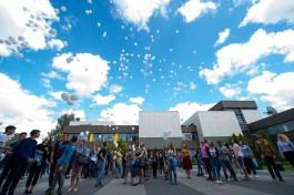 «335 белых шаров»: студенты БФУ провели акцию в память о жертвах Беслана