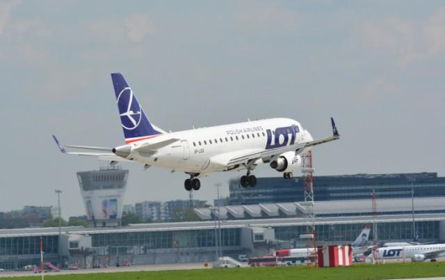 LOT возобновила авиасообщение между Калининградом иВаршавой