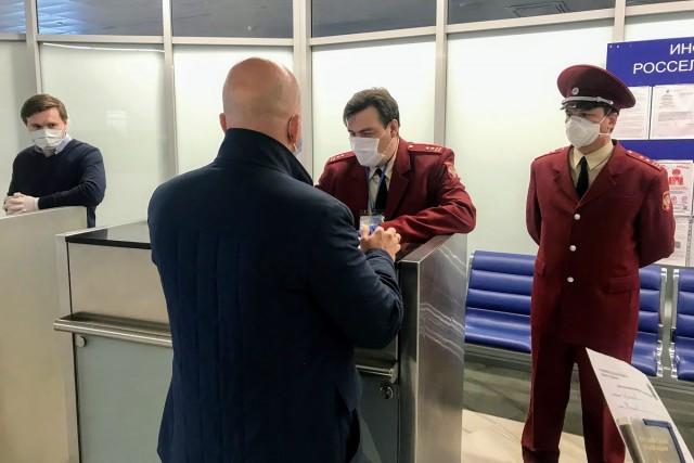 Среди новых заразившихся коронавирусом в Калининграде — четверо приезжих