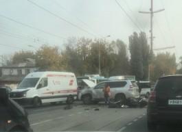 Очевидцы: В ДТП на Советском проспекте в Калининграде погиб мотоциклист