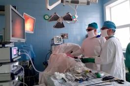 В областной больнице Калининграда провели более 30 операций с помощью 3D-технологий