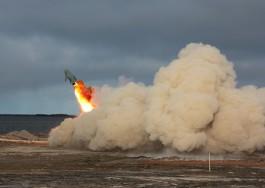 Военнослужащие Балтфлота провели стрельбы из противокорабельных ракетных комплексов