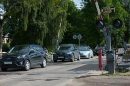 В Калининграде водителей предупреждают об ограничениях из-за ремонта ж/д переезда на улице Нарвской