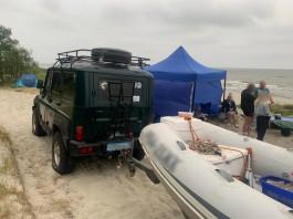 Под Балтийском задержали водителя за выезд на пляж на автомобиле