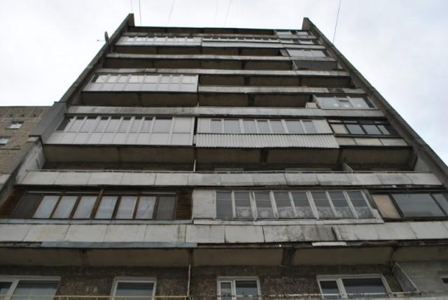 Скинувший приятельницу свосьмого этажа калининградец получил девять лет «строгача»