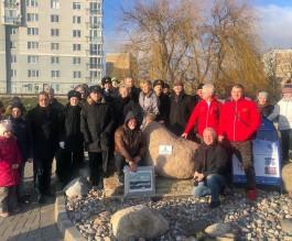 На набережной Музея Мирового океана в Калининграде заложили камень будущего маяка-часовни