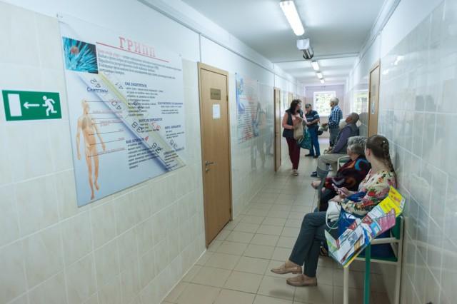 «Стрелок, паспортист, учителя»: в оперштабе рассказали о новых случаях коронавируса в Калининградской области