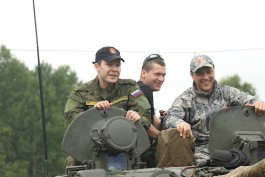 Американский генерал назвал Калининград целью удара в случае войны, Алиханов посоветовал ему читать книжки