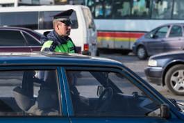 Калининградского водителя оштрафовали за езду по тротуару после видео в соцсетях