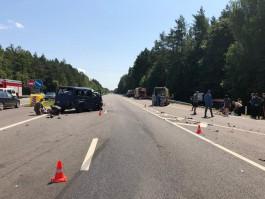Полиция завела уголовное дело по факту смертельного ДТП с бензовозом и микроавтобусом под Гвардейском