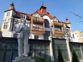 Власти Зеленоградска решили оставить памятник Ленину на Курортном проспекте