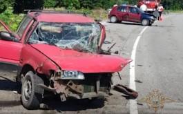 В Неманском округе водитель «Тойоты» погиб при лобовом столкновении с «Рено»