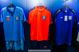 «Встречают по одёжке»: в Калининграде открылся клубный магазин «Балтики»