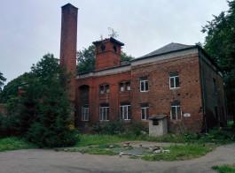 «Душила подушкой»: пациентка инфекционной больницы в Калининграде пожаловалась в полицию на санитарку