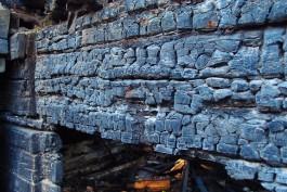 Ночью на окраине Калининграда горел дачный дом