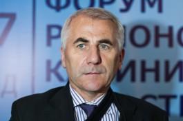 Ушацкас: Литве следует пересмотреть позицию по неподдержанию связей с Москвой