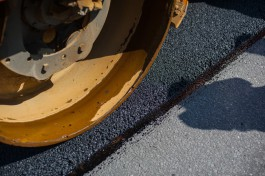 Мэрия: При ремонте участка Балтийского шоссе движение транспорта перекрывать не будут