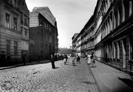 «Кёнигсберг в деталях»: осколок улицы Тамнау в центре Калининграда