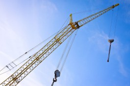Облдума разрешила инвесторам получать землю без торгов за достройку домов обманутых дольщиков