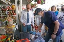 Торговцам на рынках Калининграда предлагают продлить разрешение на работу без касс