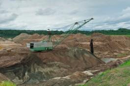 Калининградский янтарный комбинат ищет подрядчика для добычи камня в Приморском карьере