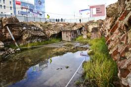 В Калининграде решили убрать часть ограждения вокруг раскопок Королевского замка