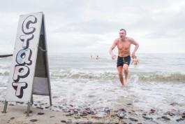 «Шесть минут холода»: в Зеленоградске провели второй зимний триатлон