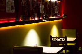 В Калининградской области число работающих ночью баров и кафе для привитых выросло до 14