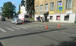 На ул. Фрунзе в Калининграде автомобиль сбил пенсионерку на пешеходном переходе