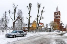 «Угрозы не помогли»: как выглядят новая набережная и благоустроенный парк в Правдинске