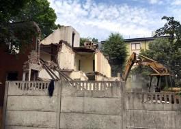 На проспекте Победы в Калининграде снесли немецкий особняк