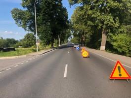 На трассе Калининград — Мамоново автомобиль при обгоне врезался в мотоцикл
