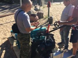 В Зеленоградске купили ручную машину для уборки пляжа