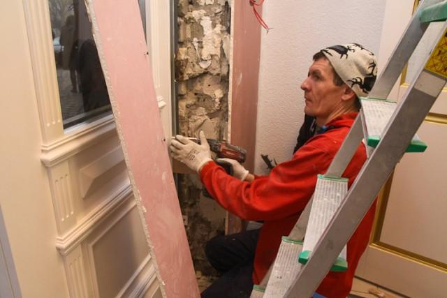 Жительница Зеленоградска засудила подрядчика занекачественный ремонт вквартире